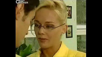 Всунул хуй поглубже в анал блондиночки