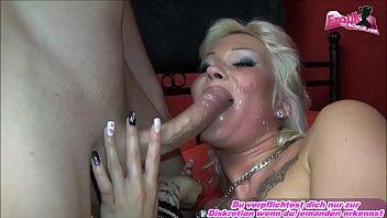 Она любит когда мордочке множество спермы на секса видео блог