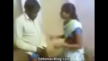 Студенточка заполучила старухи за секс